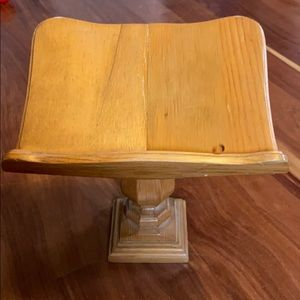 Wood handmade book holder